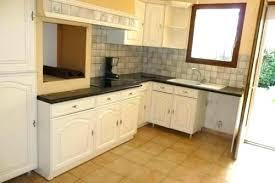 remplacer porte cuisine changer porte armoire cuisine glamorous changer cuisine s s cuisine
