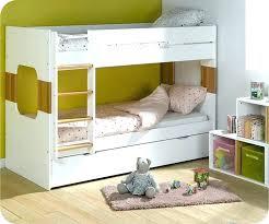 chambre garçon lit superposé chambre bebe 2 ans lit garcon 2 ans lit enfant extensible grand