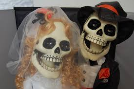 Skeleton Halloween Prop 27 U2033 Singing Skeleton Bride U0026 Groom Themes N Things U0027s Blog