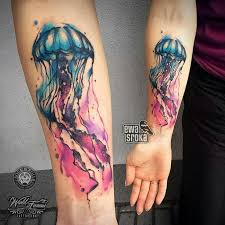 the 25 best jellyfish tattoo ideas on pinterest jellyfish