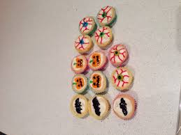 mini halloween cupcake as in petit four cases perfect for kids to