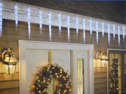 how to hang icicle lights how to choose and safely hang exterior christmas lights