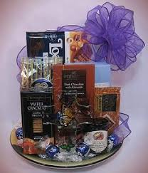 Thinking Of You Gift Baskets 45 Best Innovative Gift Basket Designs Images On Pinterest Gift