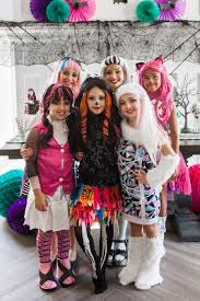 Monster High Halloween Costumes Girls Monster High Halloween Party The Tomkat Studio Blog