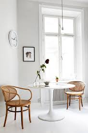 Best  Tulip Table Ideas On Pinterest Modern Kitchen Tables - Round dining table with wicker chairs