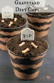 Halloween Graveyard Cake Ideas by Best 25 Dirt Cake Cups Ideas Only On Pinterest Worm Cake Dirt