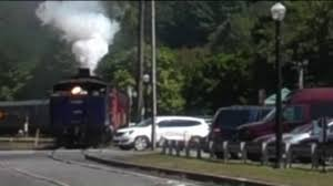 Sofa King Wee Todd Did by Caught On Camera Train Collides With Car Wnep Com