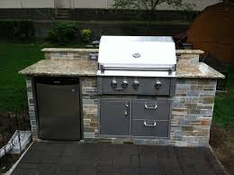 Outdoor Kitchen Patio Ideas Best 25 Outdoor Kitchen Countertops Ideas On Pinterest Outdoor