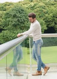 What To Wear With Light Jeans How To Wear Chelsea Boots With Light Blue Jeans Men U0027s Fashion