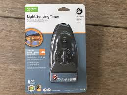 Outdoor Timer With Light Sensor - ge 15 amp plug in dual outlet light sensing timer amazon com
