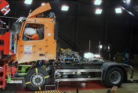 big volvo truck volvo big rig crash test photo gallery autoblog