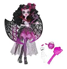 amazon com monster high ghouls rule draculaura doll toys u0026 games