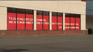 community reacts to news that weis will reopen after tragedy
