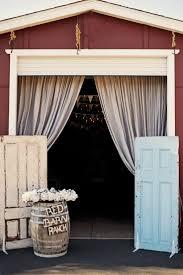 red barn home decor 32 best door wedding decor images on pinterest wedding decor