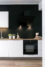 peinture pour cuisine moderne cuisine blanche et noir peinture satin