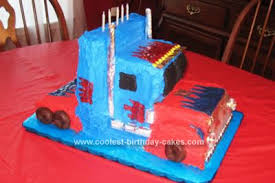 optimus prime cakes coolest optimus prime truck cake