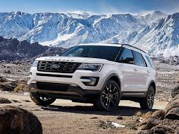 ford explorer could be seeing a hybrid version of the ford explorer as soon as 2018