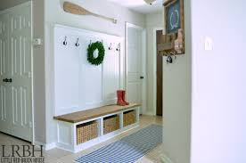 Mudroom Entryway Ideas A Glimpse Inside 10 Great Mudroom Ideas