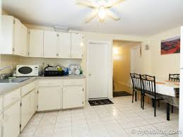 Kitchen Cabinets In Queens Ny by New York Roommate Room For Rent In Jamaica Queens 4 Bedroom