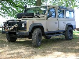 vintage land rover defender file land rover defender 110 maybe former un vehicle jpg