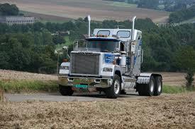 mack trucks trucking majestic mack trucks pinterest mack trucks rigs