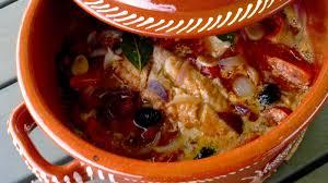cuisiner la morue morue au chourico cuite au four bacalhau no chourico assado no