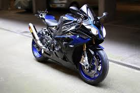 bmw 1000 rr the comparison between 2017 bmw s1000rr 2016 bmw s1000rr and
