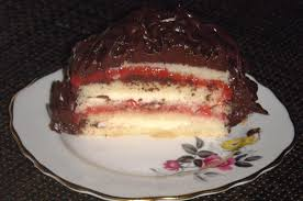 vanilla bean strawberry filled cake bex bakes and cakes