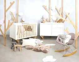 cocktail scandinave chambre bébé chambre bebe nordique chambre beige et deco chambre bebe