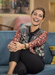 most recent photo of fiona fullertonpictures of penelope cruz with short hair louise redknapp jokes she s feeling the pressure to have a baby