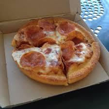 pizza hut 35 photos 96 reviews pizza 14431 culver dr
