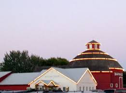 Red Barn Theatre Indiana The Round Barn Theatre At Amish Acres Nappanee In Picture Of