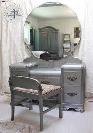 Antique Makeup Vanity Table Remarkable Vintage Style Vanity Table With 51 Makeup Vanity Table
