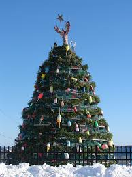 this is a thing lobster trap christmas trees are serious business