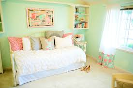 Seafoam Green Wallpaper by Bedroom Ideas Mint Green Walls Magnificent Designs Ews Pictures