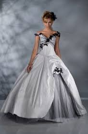robe de mari e noir et blanc le de robe de mariée matrimonia collection pia