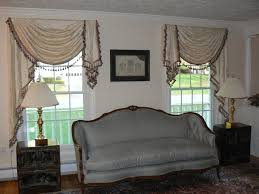 Photos Of Traditional Living Rooms by Living Room Curtains With Valance Doherty Living Room Experience