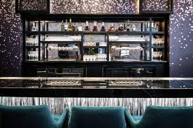 100 bar room at the modern reservations chicago boutique