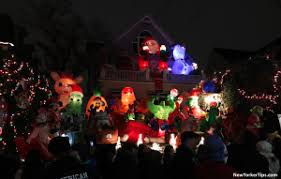 Dyker Heights Christmas Lights Visit Dyker Heights Christmas Lights All The Info New Yorker Tips