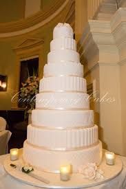 keisha and nathans wow wedding cake at customs house