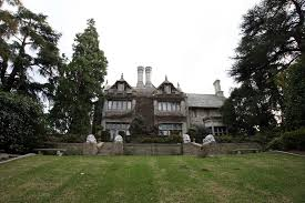 in the playboy mansion hugh hefner created a house of hedonism