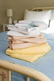 100 Bed Linen Sheets Have You Ever Slept In Linen Sheets A Sheet Thread Count Guide How To Shop For The Softest Sheets