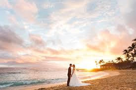 kauai photographers beautiful kauai wedding photo eye catching couples portraits