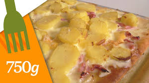 750grammes recettes de cuisine recette de pizza tartiflette ou pizza savoyarde 750 grammes