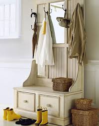 Entryway Organizer Ideas 12 Creative Entryway And Mudroom Ideas Find Fun Art Projects To