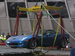 corvette museum collapse safety is top concern at corvette museum sinkhole project wku