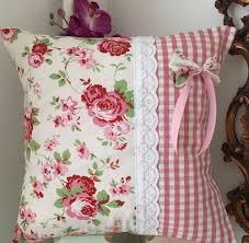 Pink Round Cushion Copertura Del Cuscino Fatto A Mano In Flora Di Breifnecottage