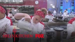 Hells Kitchen Knives A Brunch Race Season 13 Ep 2 Hell U0027s Kitchen Youtube