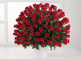 flower delivery uk 100 roses gifts for flower delivery uk