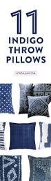 How To Clean Sofa Pillows by Best 25 Throw Pillows Couch Ideas On Pinterest Couch Pillows